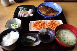 おまかせ定食A(お刺身) 1,000円
